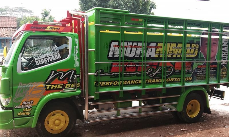 Cutting Sticker Truck Canter Kuning Hijau Variasi Standar By Dot Sticker