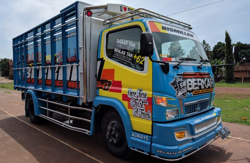 cutting sticker truck canter kombinasi kabin biru kuning